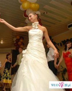 Sprzedam suknię ślubną firmy AGNES na SZCZUPŁĄ Panią Młodą