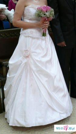 sprzedam suknię ślubną rozmiar 38/40 cena do negocjacji
