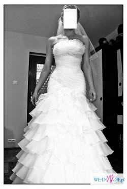sprzedam suknię ślubną typu hiszpanka