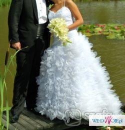 sprzedam suknie ślubną uszyta wg wlasnego pomyslu