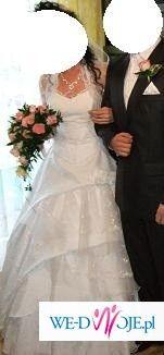 sprzedam suknie ślubną w b.dobrym stanie