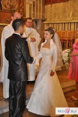 Sprzedam suknię ślubną w rozmiarze 34/36 z bolerkiem i welonem