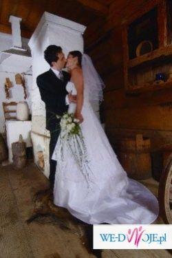 Sprzedam suknie ślubną z 2006 roku.