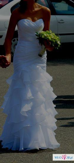 Sprzedam suknię ślubną z kolekcji Moonlight, model J6190