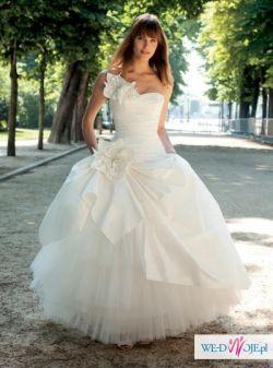 Sprzedam suknię szytą na wzór Ecosse Cymbeline