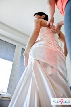 Sprzedam suknie z kolekcji La Sposa Fanal 2011