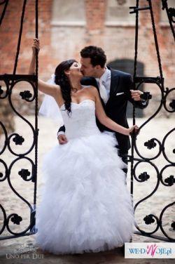 Sprzedam tiulową suknię ślubną (biała, rozm.38) - OKAZJA!