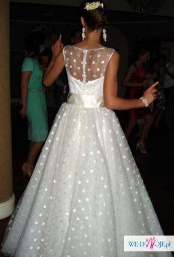 Sprzedam zjawiskową suknię ślubną w groszki :)