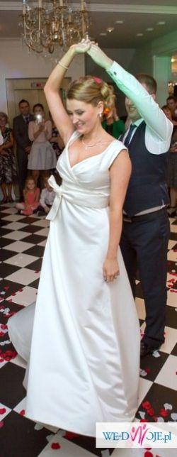 Stylowa suknia francuska z kolekcji lato 2014