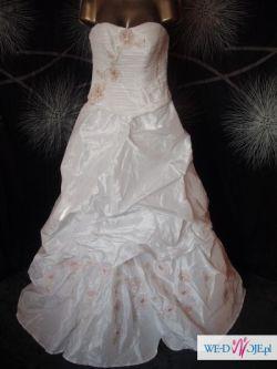 Suknia bardzo tanio