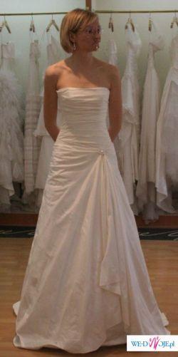 suknia Cymbeline wraz z dodatkami