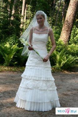 Suknia dla szczupłej i wysokiej Panny Młodej