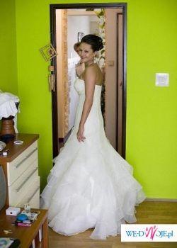 Suknia Farbala La Sposa 2009