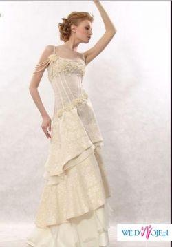 suknia firmy PAPILIO