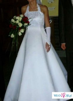 Suknia pełna wdzięku!!