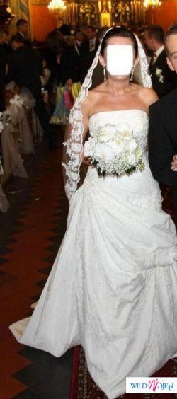 Suknia PRONOVIAS NEPAL