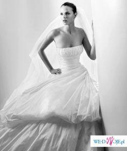 Suknia Ślubna 36/38; projektant Manuel Mota kolekcja 2008