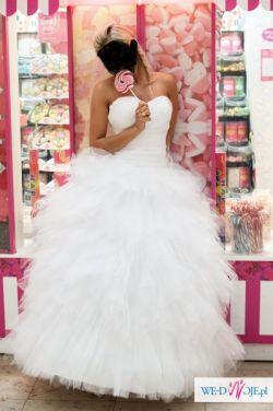 Suknia ślubna Agnes 2013