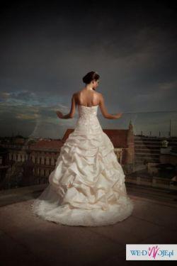 """Suknia ślubna ANNAIS BRIDAL """"BRITTANY"""" kolekcja 2011"""