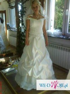 suknia slubna bardzo ładna