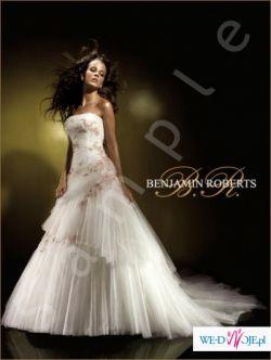 Suknia ślubna Benjamin Roberts 911