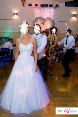 Suknia slubna- biała, długa, drapowana