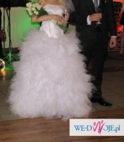 suknia slubna biała tiul krysztaly