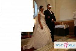 Suknia ślubna + bolerko z koronki