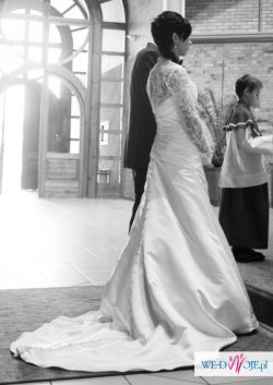Suknia Ślubna CLASSA 34-36 - sprzedam