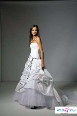 Suknia ślubna Cymbeline Bali - kolekcja 2008