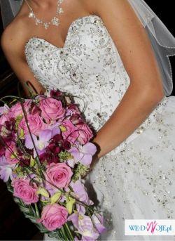 Suknia Ślubna Demetrios 984 Lisa Ferrera 2010 r