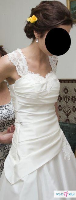 Suknia śłubna dla szczupłej i wysokiej dziewczyny