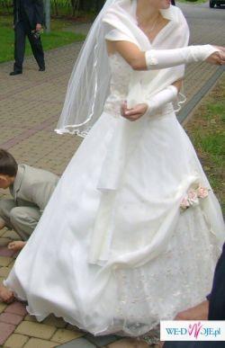 Suknia ślubna dwuczęściowa - tanio