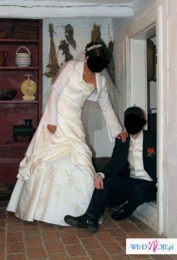 Suknia slubna ecru