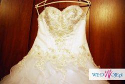 Suknia ślubna Elizabeth Passion kolekcja 2013r.