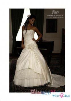 Suknia ślubna Emmi Mariage Diane