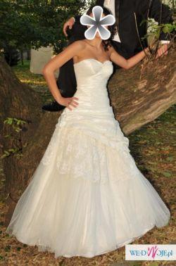 Suknia ślubna Emmi Mariage model 2010 rozmiar 36