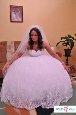 suknia ślubna emmie mariage z kolekcji desire 2009 typ princessa biała