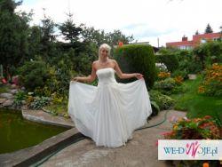 Suknia ślubna Enaven