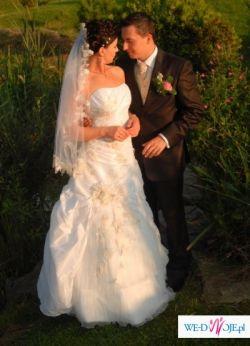 Suknia Ślubna firmy Agnes 1710 + GRATIS