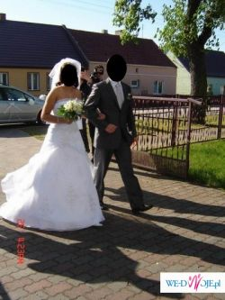 Suknia slubna firmy DES.