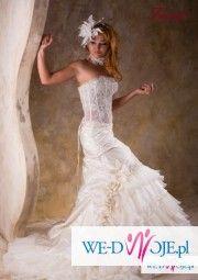Suknia ślubna firmy FARAGE model MANGO 2010r.