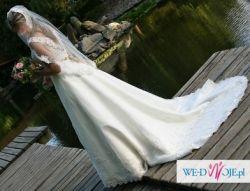 Suknia ślubna firmy Herms model Delori.