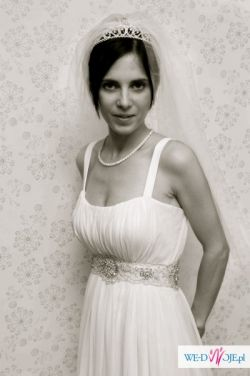 Suknia Ślubna firmy Madonna Model Anna Projekt Manuel Mota