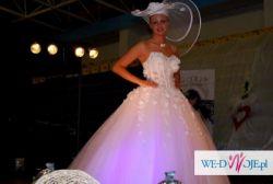Suknia Ślubna Givenchy- kolekcja Angel 2011 z  Salonu Langoria