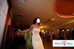 Suknia ślubna hiszpańskiej firmy W1 WHITE ONE model encajes 2009