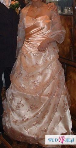 suknia ślubna i nie tylko