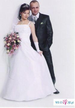 suknia ślubna idealna dla kobiety w ciąży