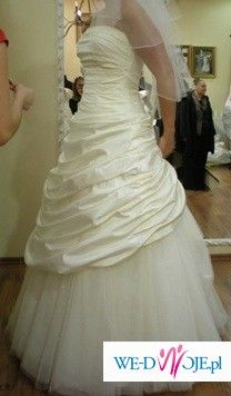 suknia slubna justine alexander 8196