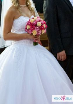 Suknia ślubna księżniczka r.36